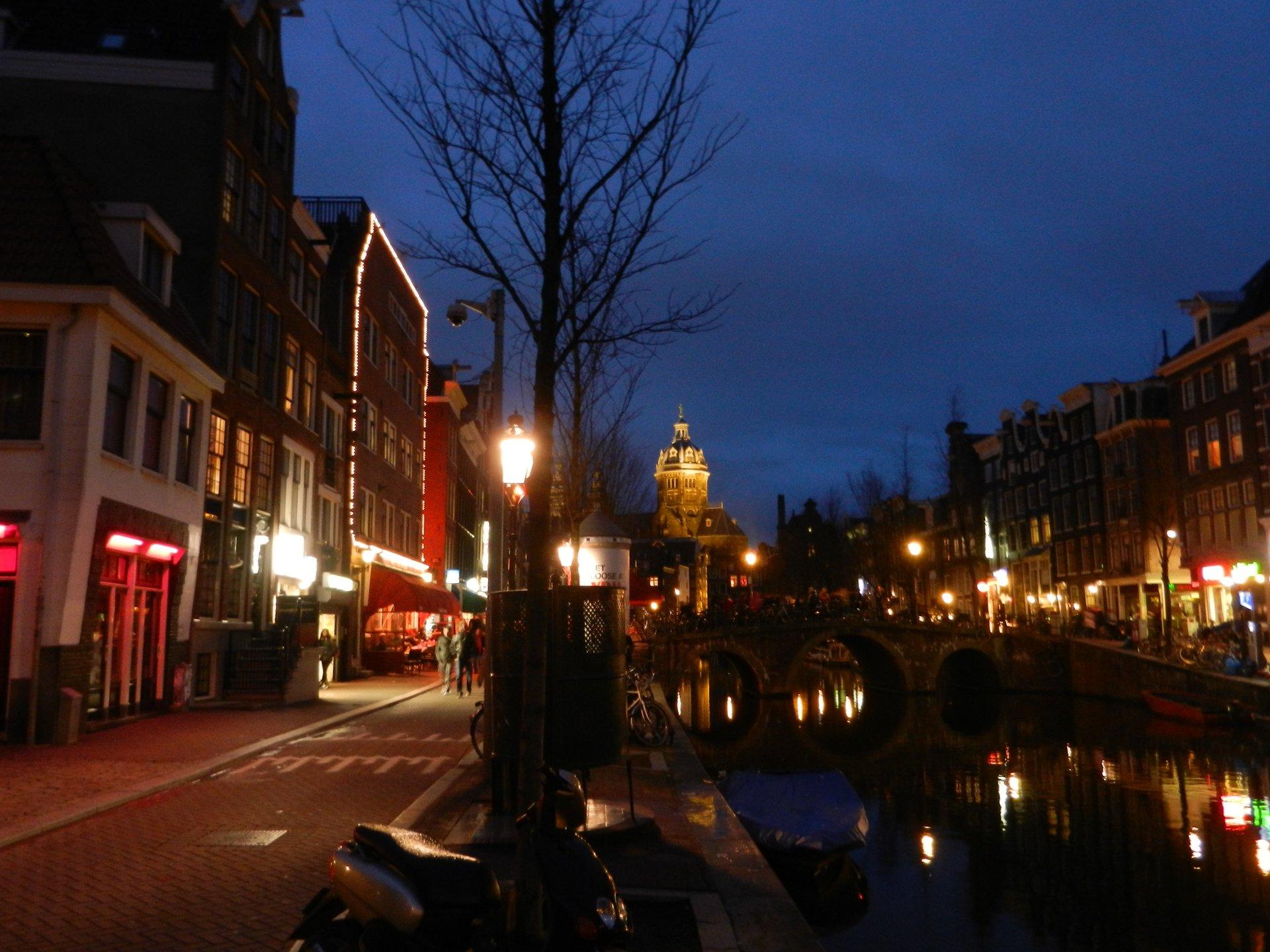 Belanda Tanpa Reklame 2